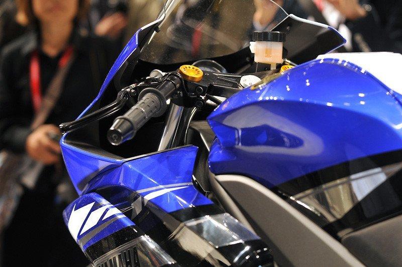 Yamaha-R25-Depo
