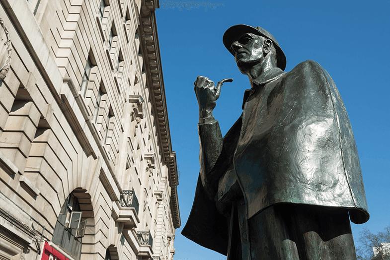 sherlock holmes heykeli
