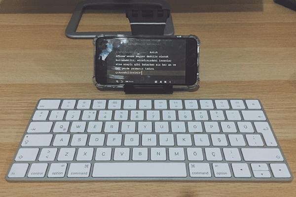 iPhone'a klavye bağlamak